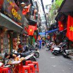 Kinh doanh ở Phố Cổ Hà Nội giống kinh doanh ở 1 thị trấn