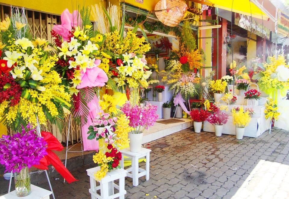 Chia sẻ kinh nghiệm mở cửa hàng kinh doanh hoa tươi (có thể áp dụng ngày tết)