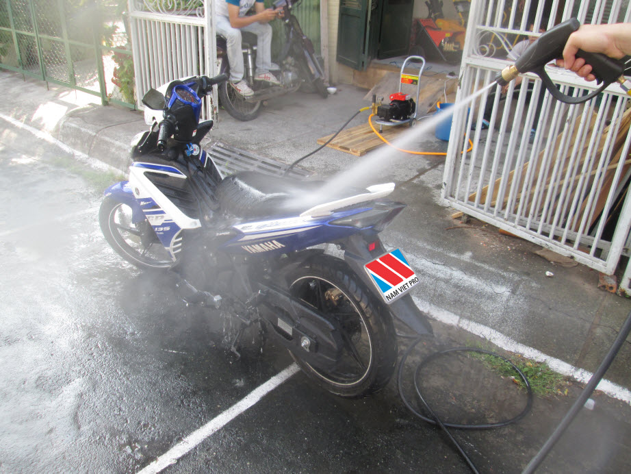 Mở cửa hàng rửa xe máy với số vốn dưới 20 triệu?