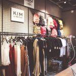 Trong ngành thời trang nên tập trung khai thác nhóm khách hàng nào tiềm năng