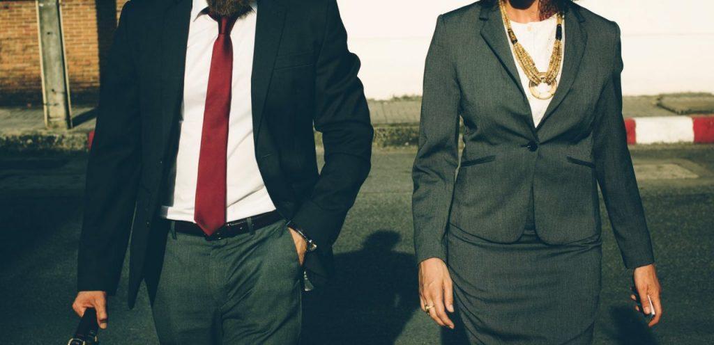 Ứng xử và nói với nhân viên về việc không tăng lương như thế nào