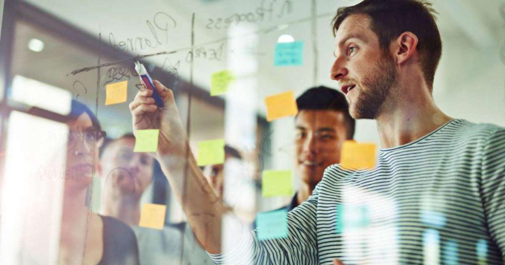 Mỗi người kinh doanh cần tập trung nhất vào đâu để thành công?