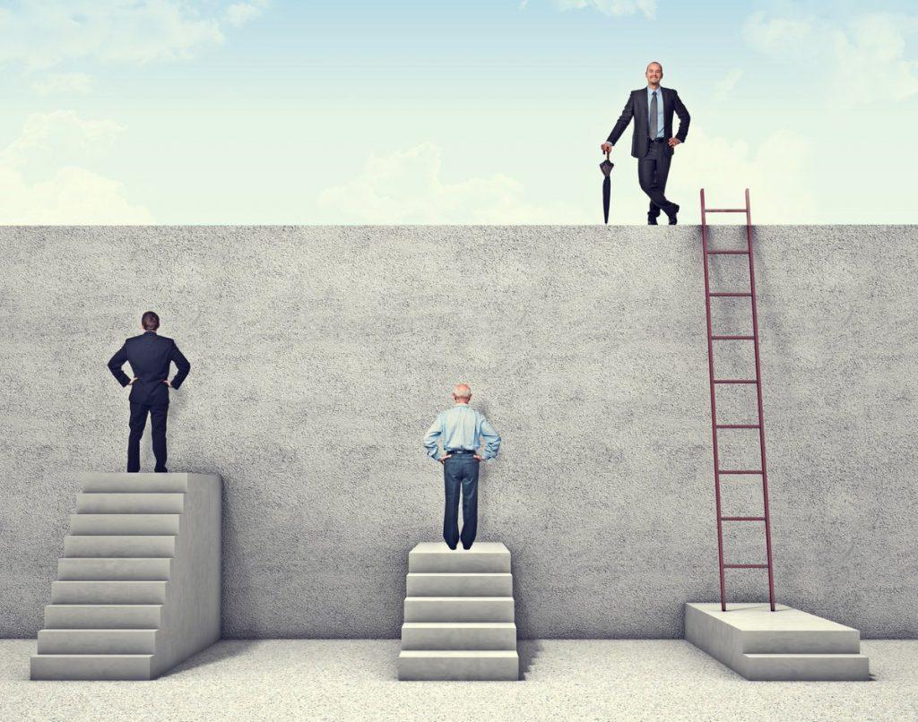 2 kiểu người dễ thành công nhất : KẺ NGỐC VÀ KẺ ĐIÊN!