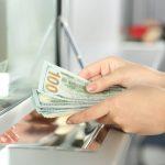 Gửi tiền vào Ngân hàng tiết kiệm-càng gửi càng nghèo, trong khi người giàu họ biết cách để tiền đẻ ra tiền