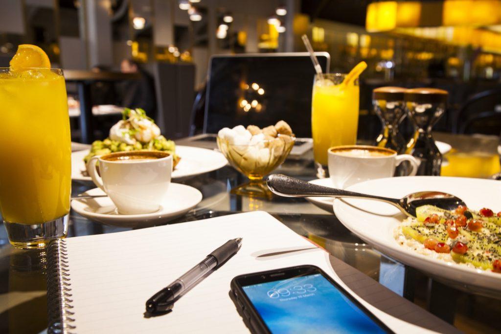 Kinh doanh quán ăn sáng như thế nào? Cách mở quán buôn bán hàng ăn sáng