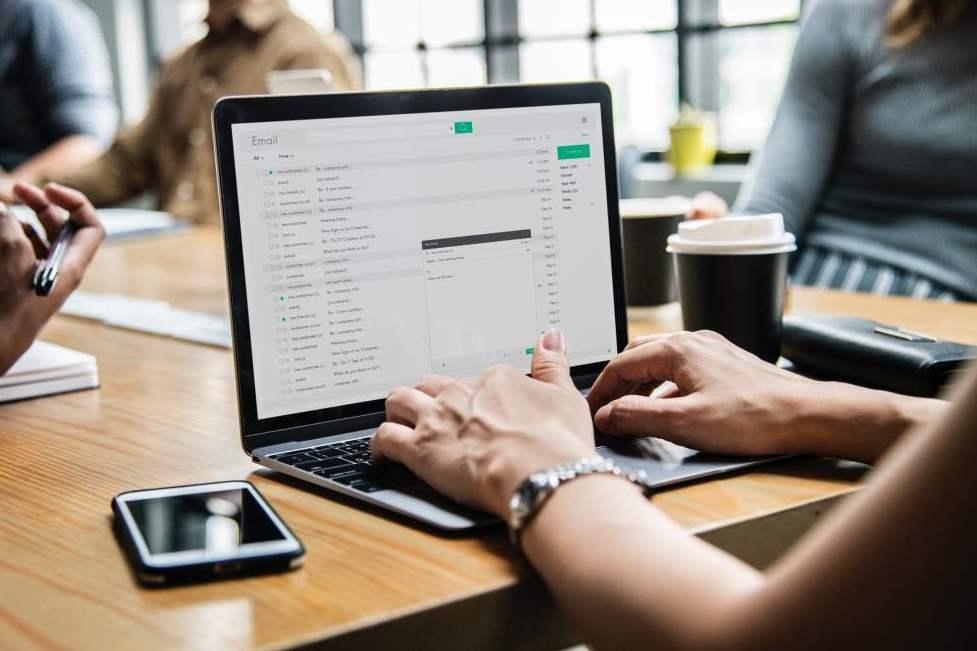 Những người kinh doanh online, thương mại điện tử thành công, hàng ngày họ học và tìm hiểu những gì để kiếm được nhiều tiền hơn?