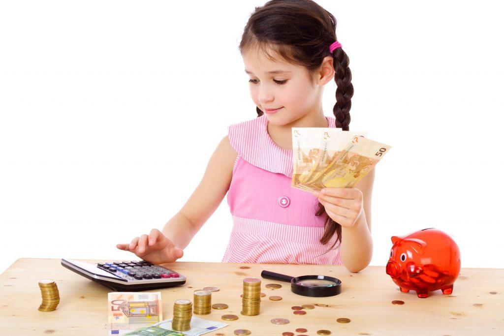Dạy trẻ cách sử dụng tiền, quản lý về tiền bạc