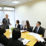 Làm ông chủ Quản lý nhân viên thế nào để làm việc hiệu quả,  tất cả gói gọn trong 8 câu chuyện này