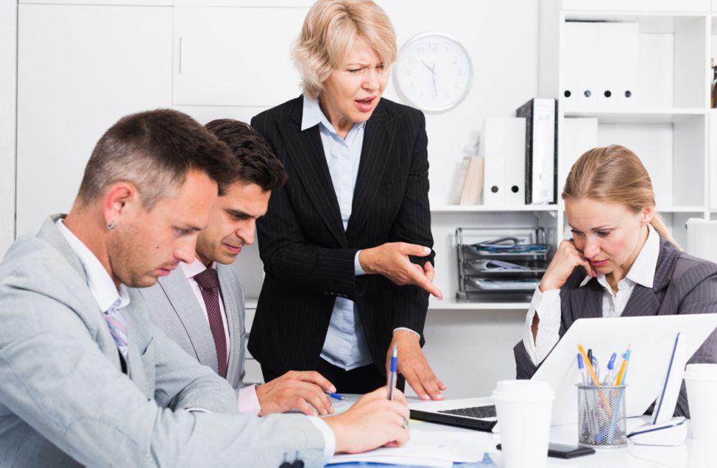 Quản lý làm thế nào đưa ra các chỉ tiêu công việc cho nhân viên cấp dưới làm việc hiệu quả