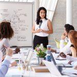 Dù Cưới người có tiền, Phụ nữ cần tự chủ tài chính độc lập kinh tế