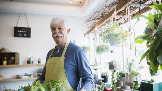 Về hưu nên kinh doanh gì? Cách kinh doanh cho người nghỉ hưu