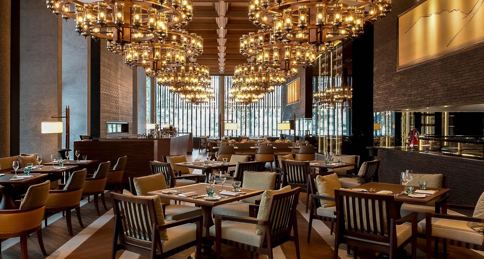 Giải pháp và cách thu hút khách hàng đến nhà hàng