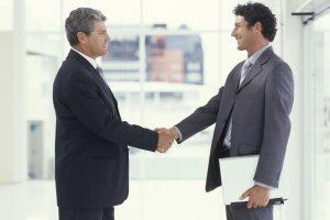 Mặc Trang Phục gì khi gặp đối tác khách hàng?