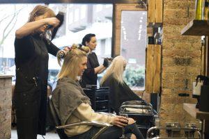 Mở tiệm tóc cần mua những gì-Làm sao để tiệm tóc đông khách