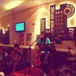 Kinh nghiệm mở quán cafe hát với nhau-có lãi không?