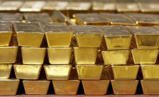 Đầu tư tiền nhàn rỗi nên mua vàng hay gửi Tiết kiệm