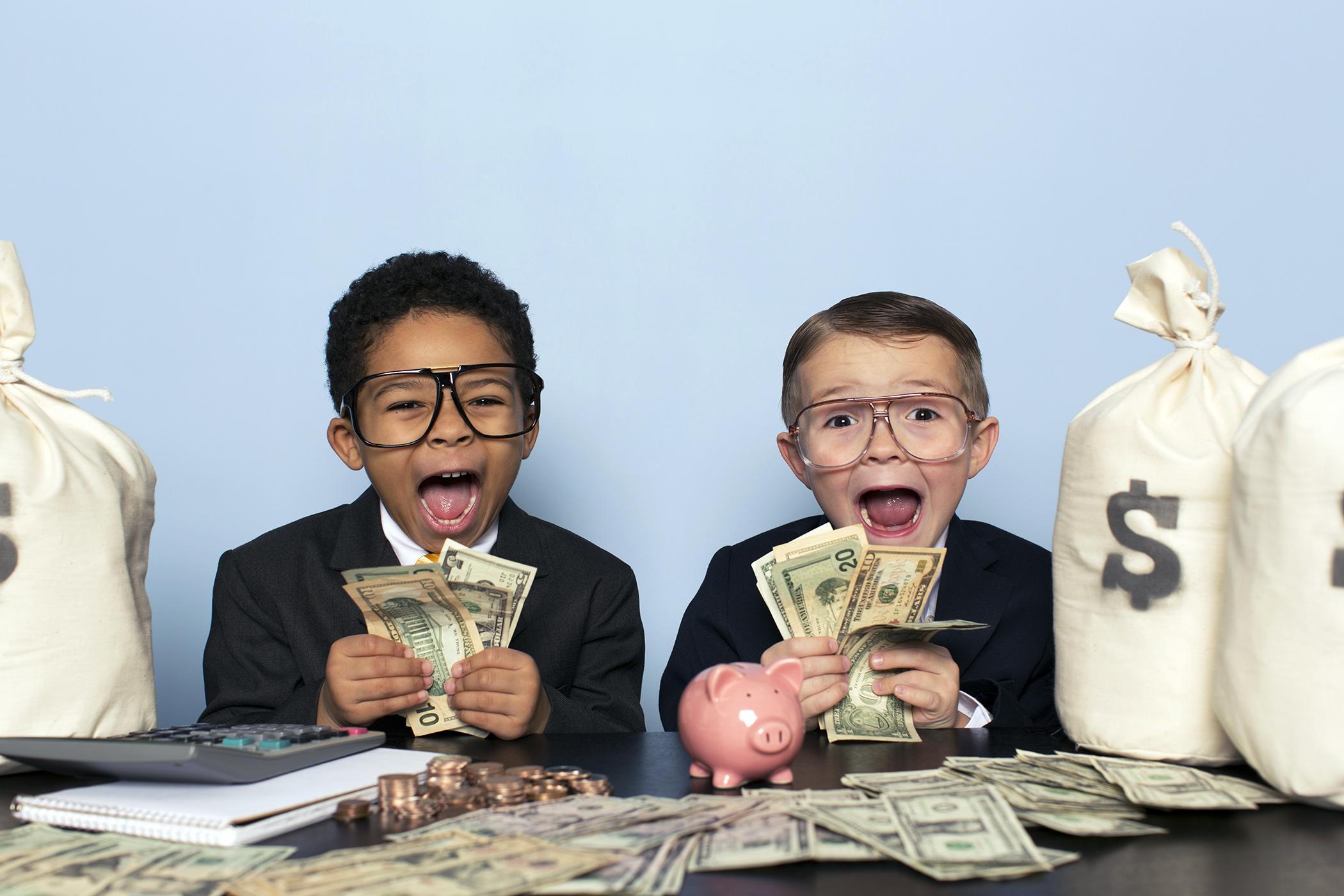 Không biết làm gì để kiếm tiền? Đi tìm cách làm ra tiền của con nhà giàu