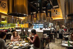 Kinh nghiệm quản lý nhà hàng của người Trung Quốc và người Hàn
