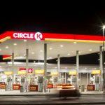 Trong khi Shop & Go phải bán lại 87 cửa hàng tiện lợi cho Vingroup với giá….1 USD thì Circle K lại tạo ra được bước tăng trưởng nhảy vọt trên bản đồ kinh doanh bán lẻ ở Việt Nam