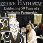 Không phải nhà tiên tri nhưng tỷ phú Warren Buffett đã có những dự đoán chính xác khiến cả thế giới phải ngỡ ngàng.
