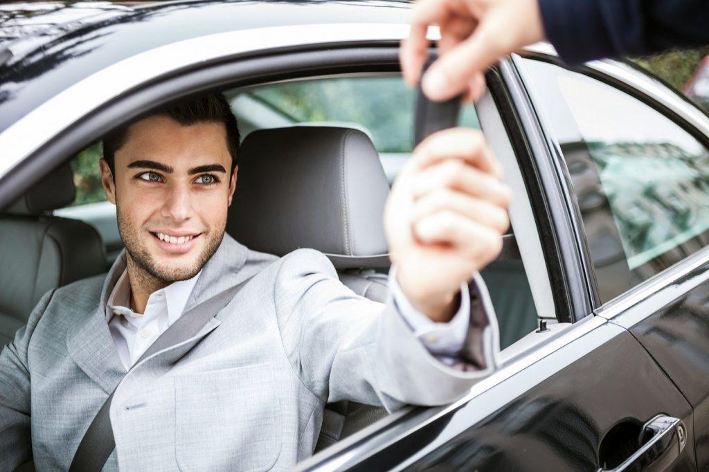 """Giải quyết được những vấn đề sau thì bạn sẽ có thể """"sắm"""" ô tô mà không phải suy nghĩ"""
