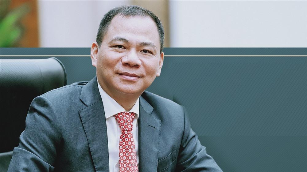 Vingroups của Phạm Nhật Vượng lấy tiền từ đâu để đầu tư đa ngành hết Bất động sản, đến siêu thị, ô tô,…