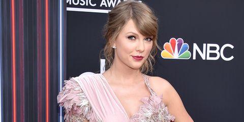 The Rock, Taylor Swift lọt top 100 nhân vật ảnh hưởng nhất thế giới