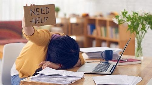 Cảm thấy buồn chán nản Vì không có việc làm