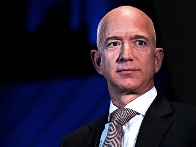 """Những """"lão làng"""" trong kinh doanh khiến người giàu nhất thế giới – ông chủ Amazon cũng phải kính nể"""