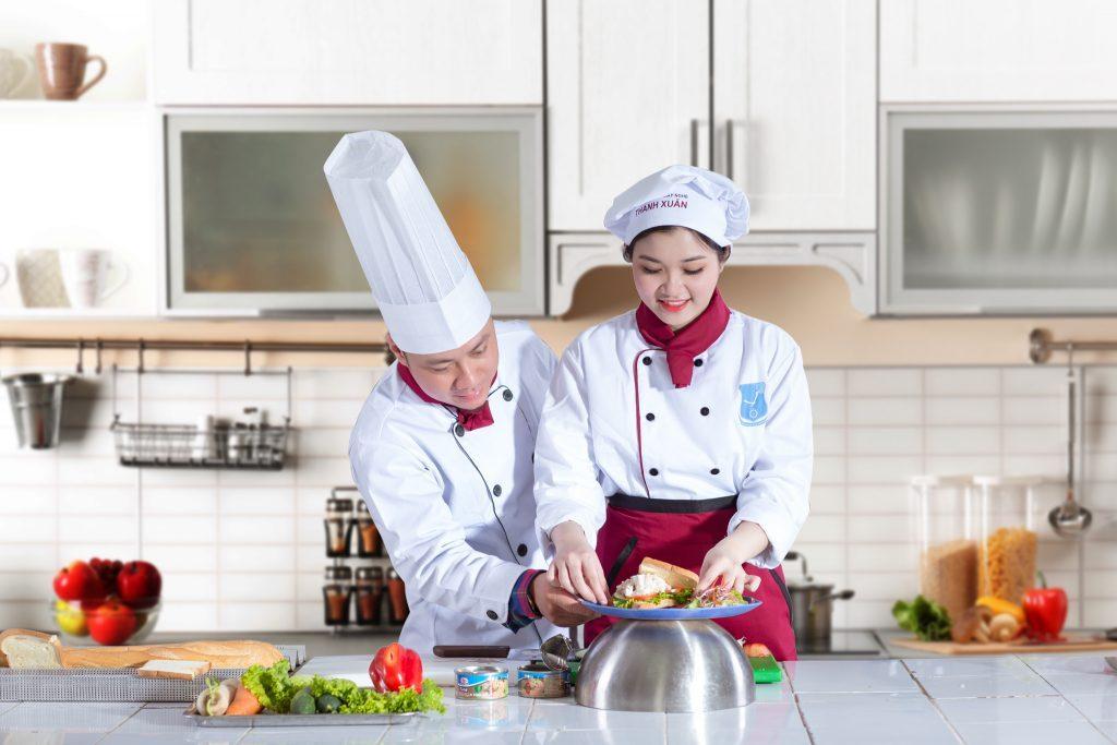 Thời gian làm việc của đầu bếp