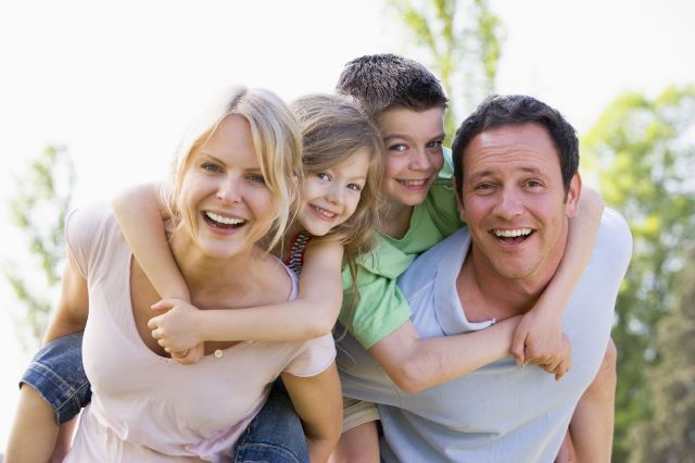 Làm mẹ đơn thân vất vả không? Tình trạng Sau khi ly hôn làm mẹ đơn thân