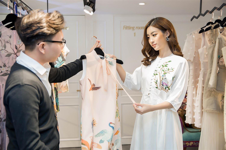 Ý tưởng: Bán 400 cái áo trong 1 ngày, mỗi cái 100.000 VNĐ