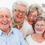 Kinh doanh gì cho người già? Các mặt hàng dành cho người già