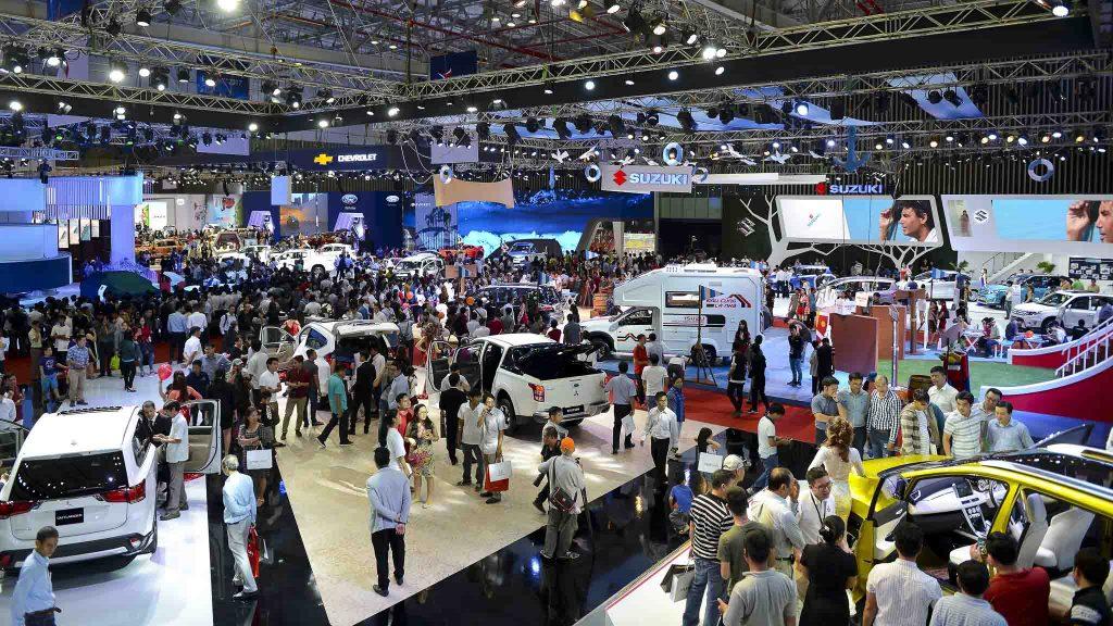 Ô tô Vinfast của Phạm Nhật Vượng đang ở đâu? Thị trường xe hơi dân Việt thích xe nhập hơn, doanh số xe nhập ngoại vượt trội hơn hẳn