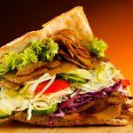Cách kiếm tiền thu 600 triệu mỗi tháng từ Bánh mì ở vỉa hè Sài Gòn
