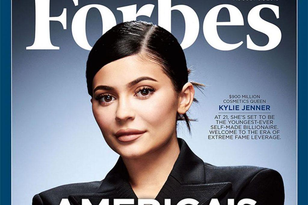 Tận dụng đôi môi xấu, kiếm được 20.100 tỷ trong 5 năm (cô ấy thành nữ vương từ Mỹ phẩm bình dân)