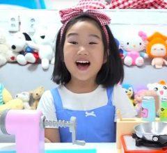 Ý tưởng kiếm tiền trên Youtube thu 185 tỷ (của bé gái 6 tuổi)