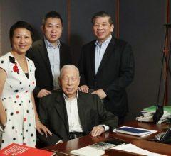 Vị tỷ phú 101 tuổi vẫn đi làm (và tư duy kiếm tiền của ông)