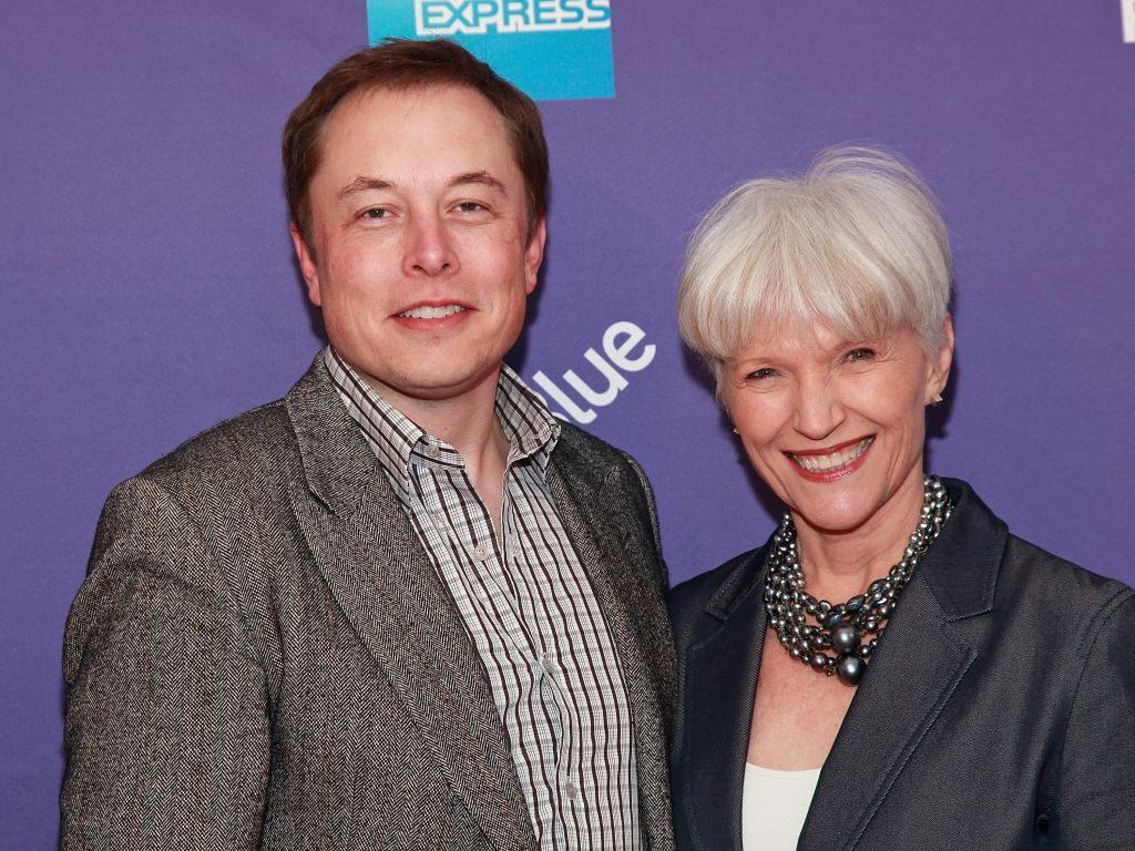 3 Anh em nhà tỷ phú Elon Musk được cha mẹ dạy như thế nào về tư duy kiếm tiền và lối sống