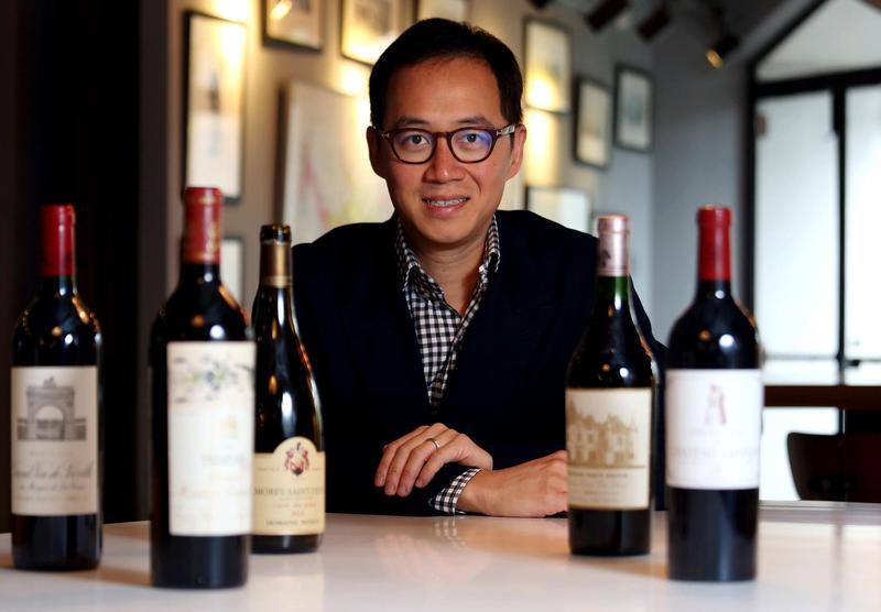 Cách triệu phú làm giàu từ Tay không mở rộng chuỗi nhà hàng và bán Rượu lớn mạnh khắp cả nước (mà vẫn bảo đảm có 1 gia đình hạnh phúc)