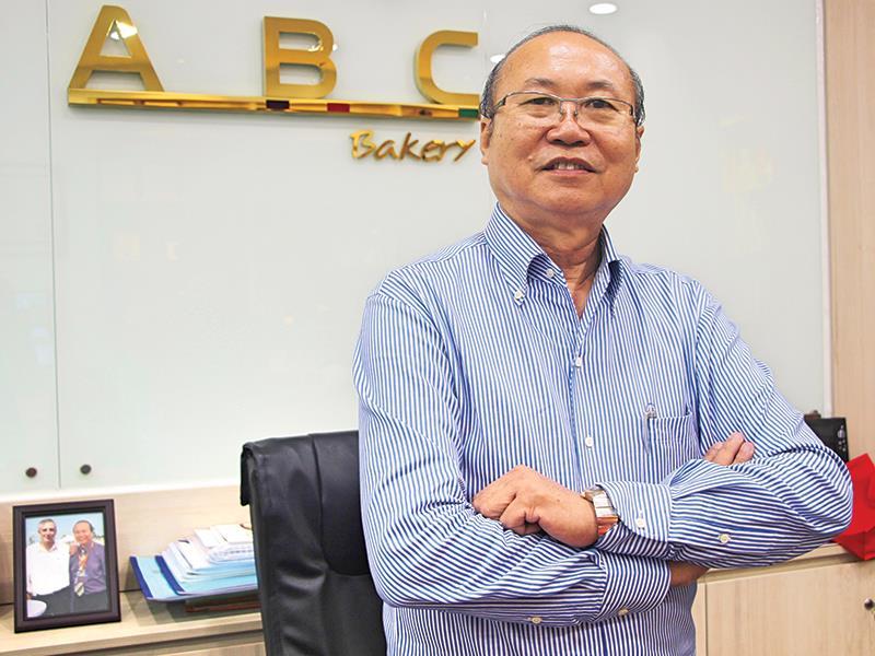 Nhân vật thành công: Ông chủ kinh doanh bánh Mỳ nổi tiếng khắp Sài Gòn, ngay cả Starbucks và KFC cũng nể nang