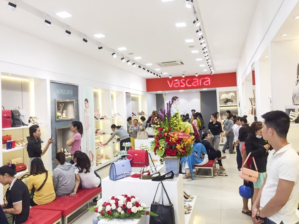 Những thương hiệu quần áo Việt Nam trên thị trường kiếm tiền như thế nào? (Ai còn tồn tại, ai đã bị bỏ lại)