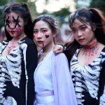 Ý tưởng kiếm tiền mùa Halloween hóa trang