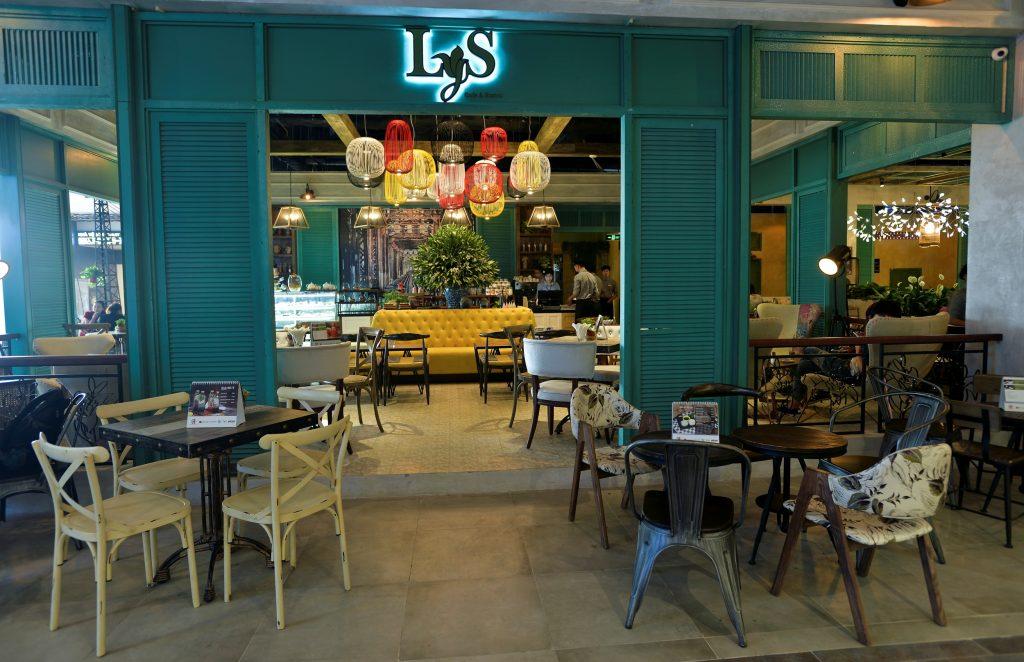 Chọn địa điểm, thiết kế quán và vấn đề Pháp lý đối với Mở quán Café