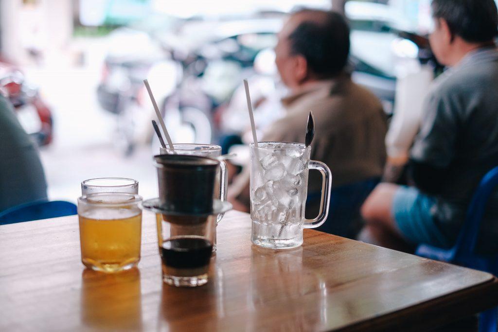 Dữ liệu và cơ hội: Thói quen uống cafe như ăn sáng đúng bữa, một thị trường tiềm năng