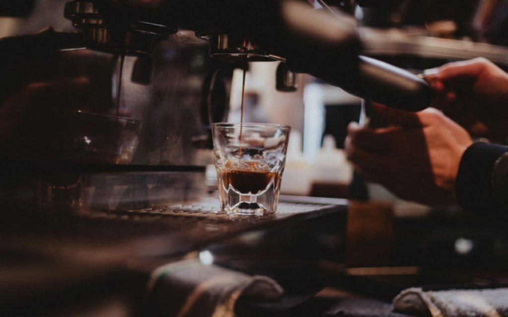 Khởi nghiệp kinh doanh với các ý tưởng Beverage ( xu hướng chuyển dịch của kinh doanh đồ uống)