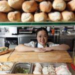 Làm bánh mì Việt Nam, thương hiệu được cả thế giới đón nhận