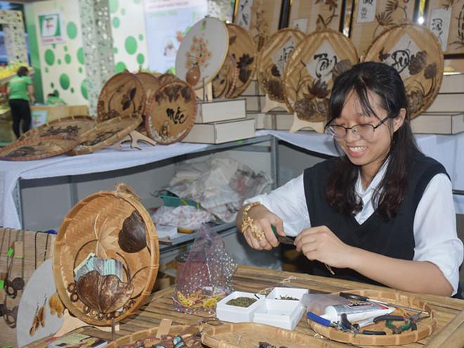 Ý tưởng khởi nghiệp với đồ Handmade dân gian của cô gái 23 tuổi