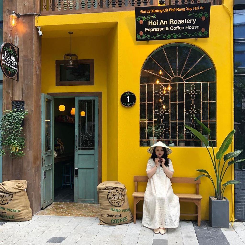 Cách bán Cafe theo kiểu truyền thống, cổ xưa khiến giới trẻ mê tít