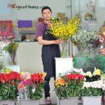 Cách kinh doanh của chàng trai bán hoa kiếm 900 triệu mỗi tháng
